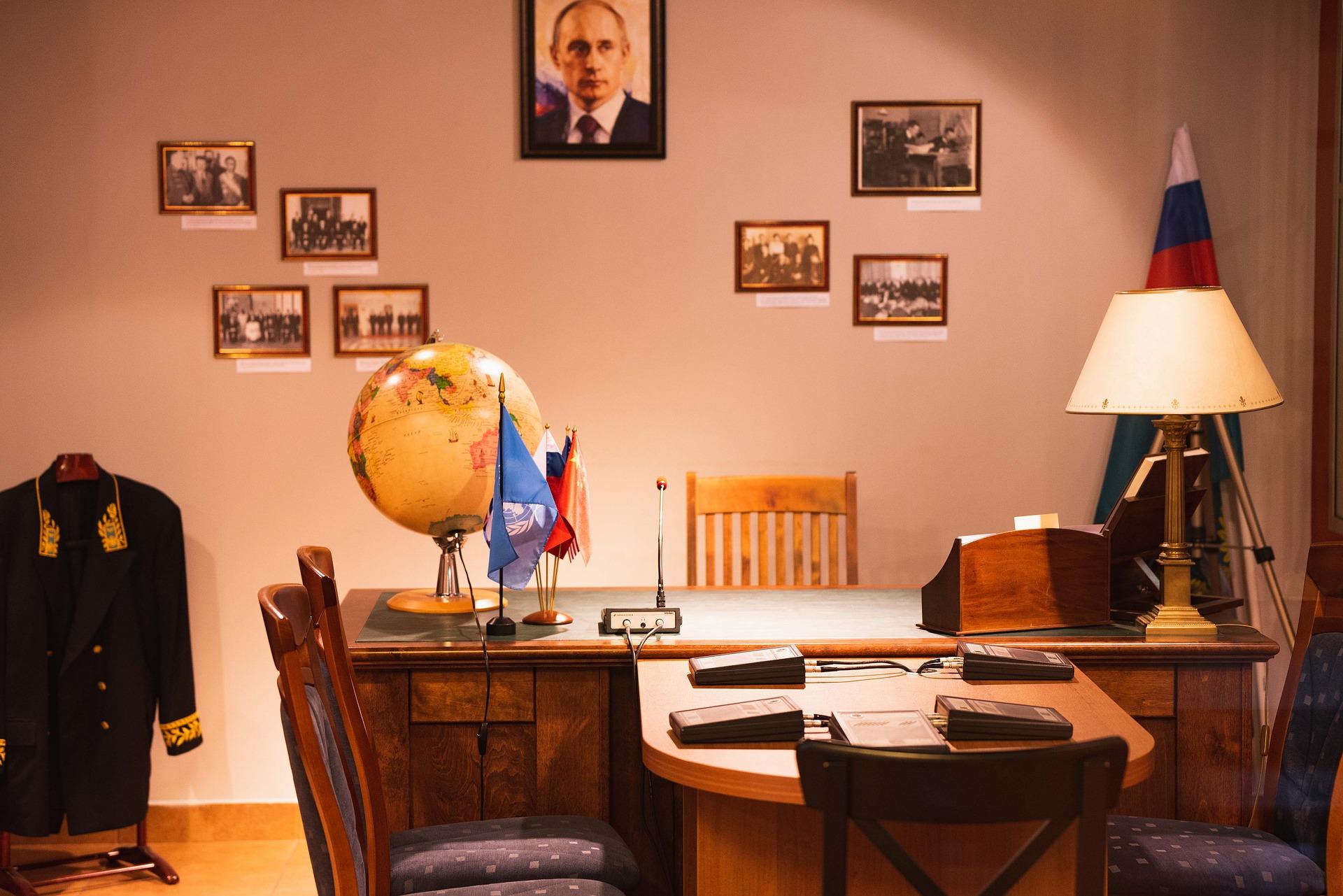 Pubbliche Relazioni: La Russia Sfida Le Superpotenze A Colpi Di Engagement