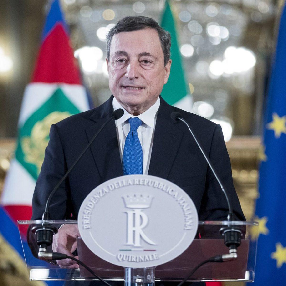 Scenario Italia: Innovazioni E Continuità, Tecnica E Politica