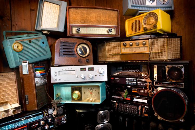 Gli Italiani E La Radio: Una Passione Sempre Viva